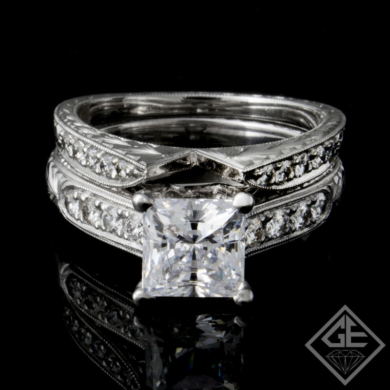 Ladies Diamond Bridal set Ring with 0.51 carat Round brilliant cut side diamonds