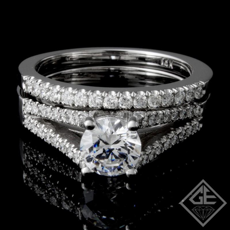Ladies Diamond Bridal set Ring with 0.35 carat Round brilliant cut side diamonds.