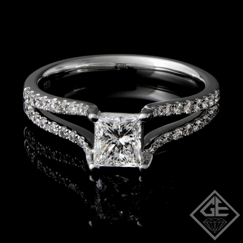 EGL Certified Princess Cut with Round Brilliant Cut Diamond Engagement Ring 18k Gold