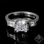 Round Brilliant Cut Diamond Engagement Ring 14k Gold