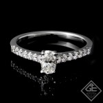 0.20 carat Round Brilliant Cut Diamond Engagement Ring 18k Gold