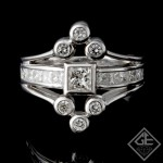 18k White Gold Ladies Fashion Ring with 1.13 carat Princess and Round cut diamonds