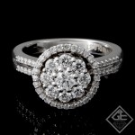 18k White Gold Ladies Fashion Ring with 0.85 caratRound Brilliant Cut Diamonds