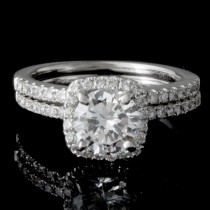 1.38 CTWT Round Cut Diamond Halo Engagement Ring