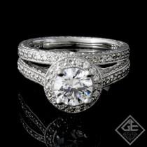 Ladies Diamond Bridal Set Ring with 0.36 carat Round Brilliant cut side diamonds