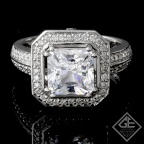 Halo Style Diamond Ladies Engagement Halo Ring