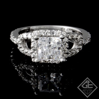 Halo Style Round Brilliant Cut Diamond Engagement Ring 14k Gold