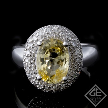 3.03 Ct Yellow Sapphire with Round Brilliant Cut Diamond Fashion Ring 14k White Gold